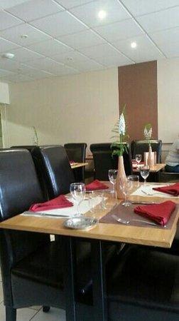 Hotel Restaurant de l'Agriculture : la salle de restaurant