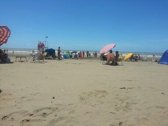 Las Toninas, Argentina: La mejor playa de la costa