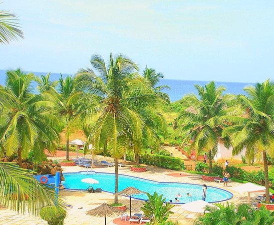 Paradise Village Beach Resort: Ariel View of Hotel - Right on the beach!