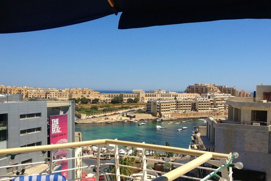 InterContinental Malta: View from pool