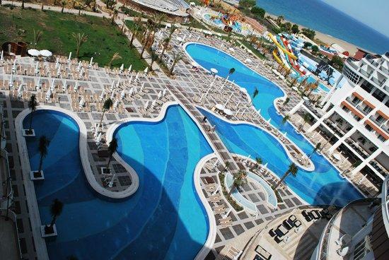 Sea Planet Resort & Spa: Poollandschaft