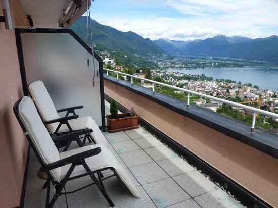 Hotel Stella Orselina: Balcony design room