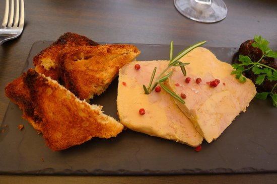La Table de la Fontaine : Foie Gras with Spice Bread Toasts