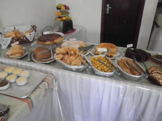 Eduardo Hotel: Gâteaux faits maison