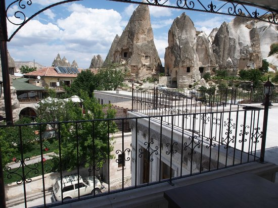 Cappadocia Stone Palace: terrace