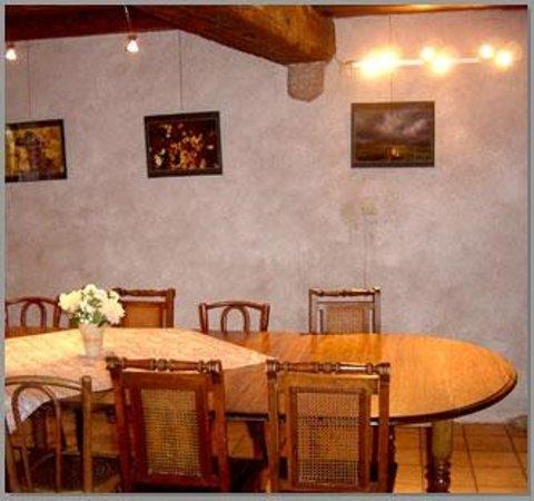 La Maison Bleue : La salle à manger