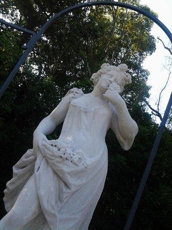 Vizcaya Museum And Gardens: Garden Statues