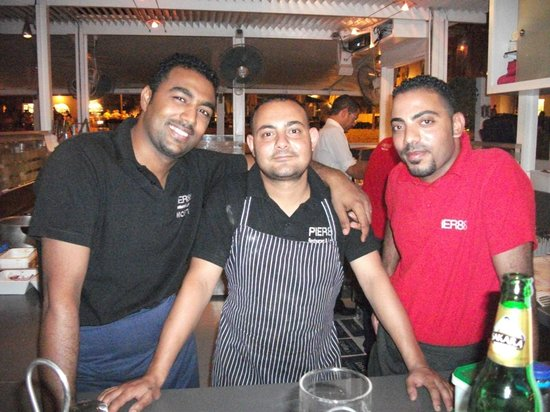 Pier88 Restaurant & Lounge : Musti and staff at pier 88