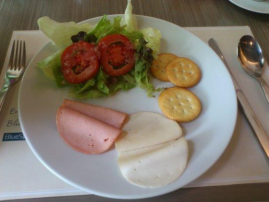 Centre Point Hotel Chidlom: Breakfast