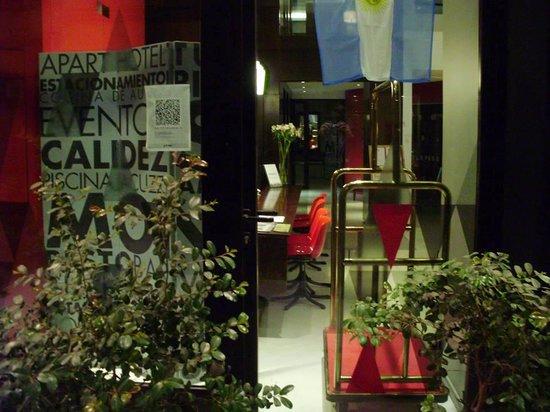 Monserrat Apart Hotel: Mais próxima da recepção