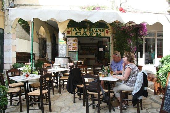 Averto Cafe