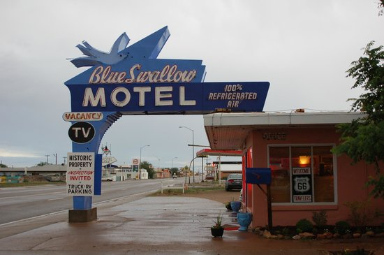 Blue Swallow Motel : The Blue Swallow