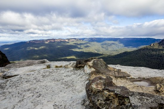 Real Sydney Tours: Blue mountain View at Flat Rock