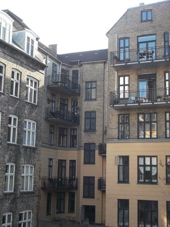 Savoy Hotel: Blick aus dem Zimmer