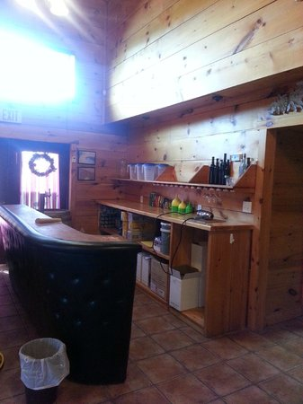 Caroline Cellars Winery: Blending Bar