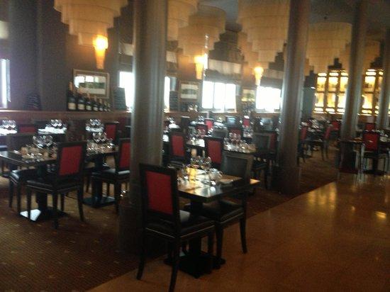 La Banque : Nice setting