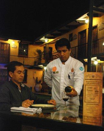 Nuestras Raices : Restaurante