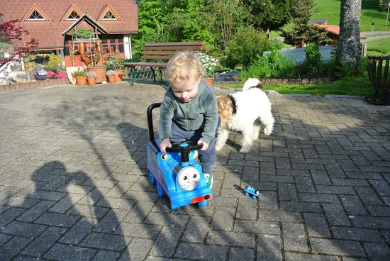 Haus Erika: the owners let our son play with a little ride on toy
