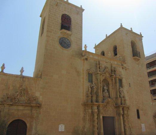 Iglesia de Santa María: facade