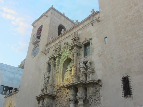 Iglesia de Santa María: lit up at night - head for Mon Cafe in the corner too