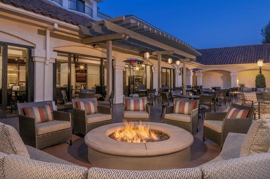 Harvest Kitchen Bar Outdoor Patio Fixed With Fire Pits