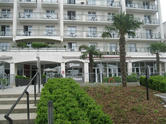Picture of hotel barriere l 39 hotel du lac enghien for Hotels barriere