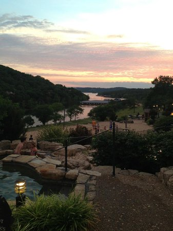 Big Cedar Lodge: The view from the pool  at sunset
