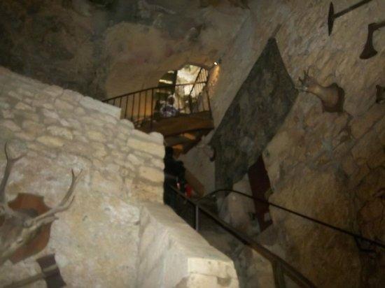 La Maison Forte de Reignac : Lots of stairs