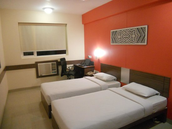 Ginger Ahmedabad: Cosy room perfect for sound sleep