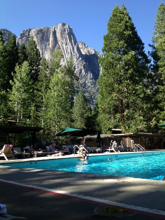 Yosemite Valley Lodge Beautiful Views From The Pool