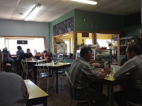 Charlene's Bayside Cafe: free wifi.