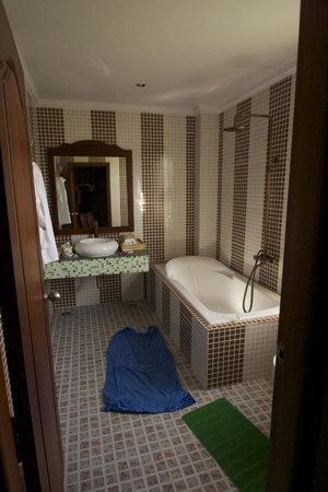 Delux Villa: Room's Bathroom