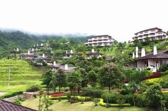Imperial Phukaew Hill Resort: Exterior