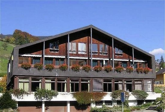 Rössli Hotel Stalden: Exterior View