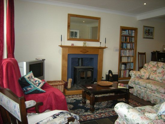 Hampton House Bed & Breakfast: Guest sitting room