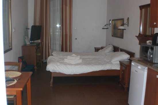 Ventus Rosa Apartments: Our twin beds