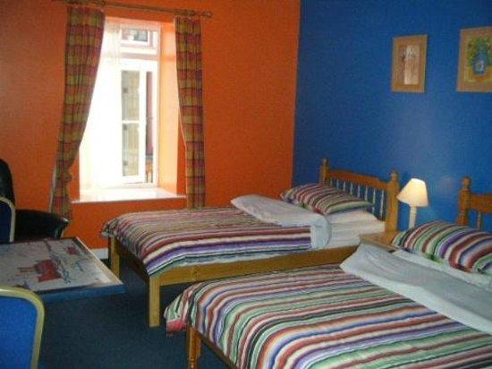 The Ritz: Bedroom