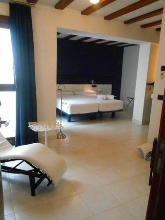 Posada del Leon de Oro: The rooms are large and comfortable