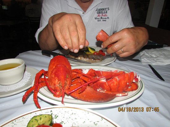 Ricaltini's Bar & Grille: Maine Lobster!!