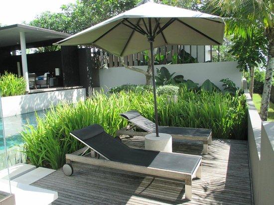 Soori Bali: von den Liegen Blick in die Felder