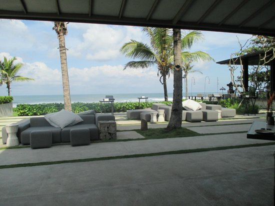 Soori Bali: Blick vom Restaurant Richtung Meer