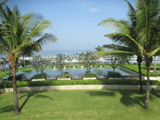 Soori Bali: Pool - Strandnähe