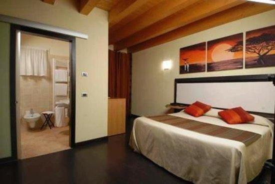 Hotel Villa Altura : GUEST ROOM