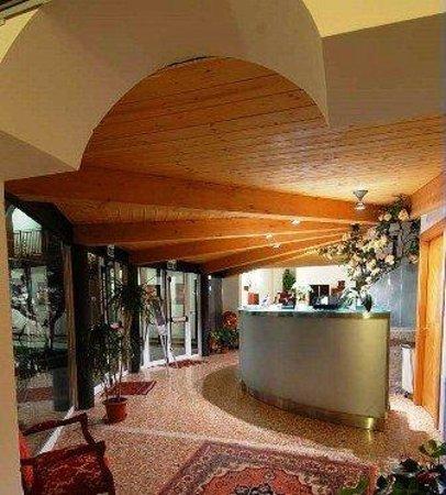 Hotel Villa Altura : RECEPTION