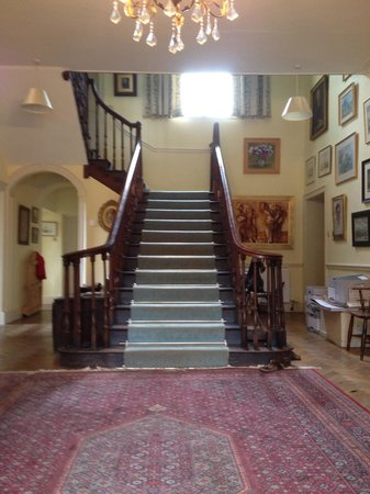 The Old Rectory: The imposing hallway