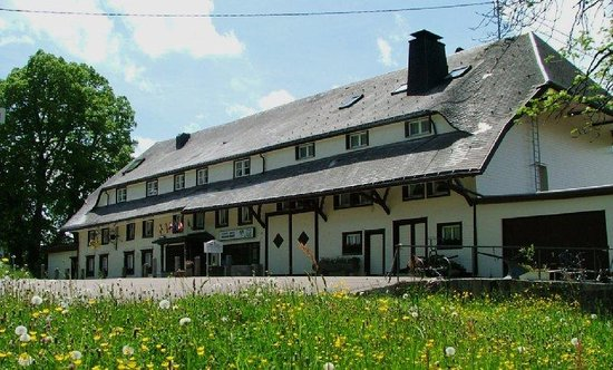 Akzent Hotel Landgasthof Adler: Exterior View