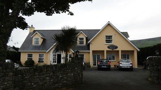 Beaufort House: Exterior