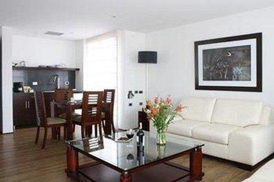 Casa 95: Sitting Area Kitchen