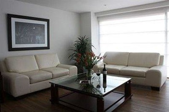 Casa 95: Sitting Area