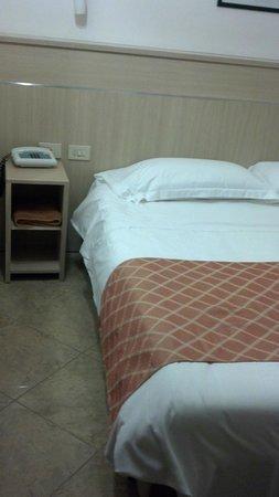 Hotel Smeraldo: Bedroom
